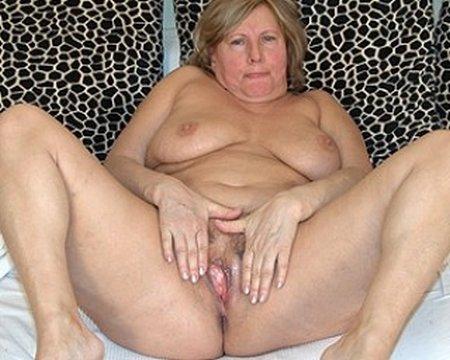 Granny Fingering